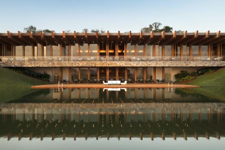 A grife do Hotel Fasano é sinônimo de bom gosto, sofisticação e qualidade. Sua versão campo fica dentro do empreendimento Fazenda Boa Vista. Saiba mais!