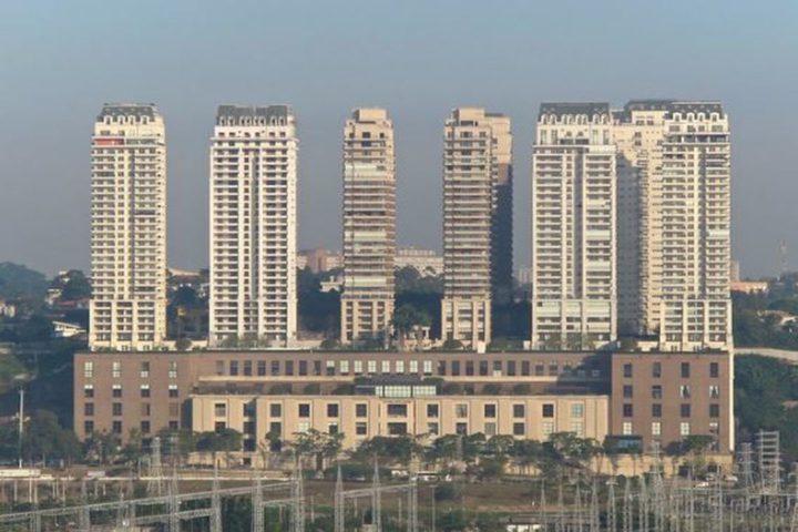 Em maio de 2008, a Construtora JHSF ergueu um empreendimento que combinava serviços, moradia e trabalho em um único lugar. Conheça o Shopping Cidade Jardim.