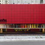 Avenida Cidade Jardim: fachada da loja conceito da Uniflex