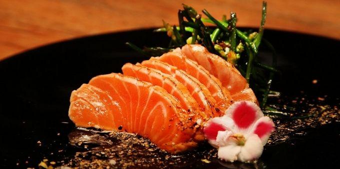 Prato de Sashimi do restaurante Toro Sushi