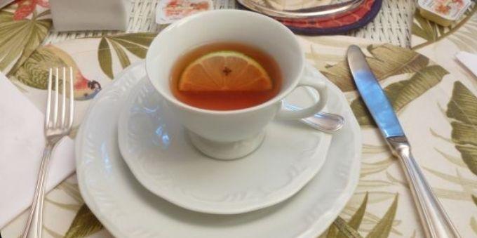 Morumbi e arredores: imagem fechada mostra xícara de chá centralizada