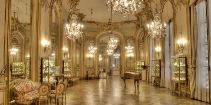 imagem interna de sala no Museu Nacional das Belas Artes, em Buenos Aires
