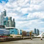 Imagem mostra prédios de Buenos Aires a céu aberto