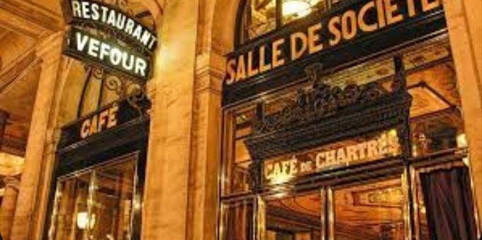 Imagem de fachada de restaurante em Paris